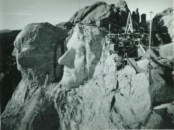 Constructing the presidential portraits (1927 - 1941)