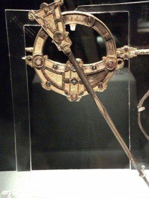National Museum of Ireland: Tara brooch (700 BC)