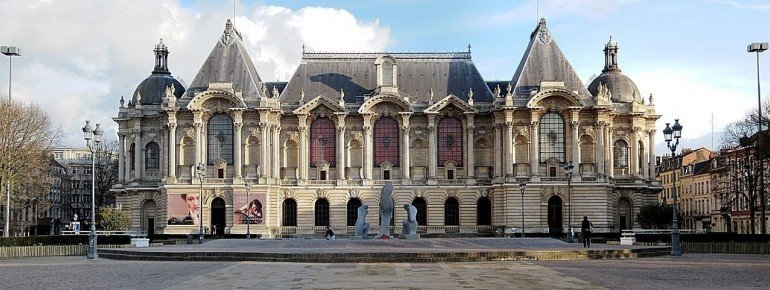 The imposing Palais des Beaux Arts de Lille