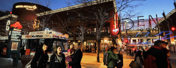 DenverPavilions is a shopping and dining complex with 12 movie theaters and more than two dozen stores and restaurants.