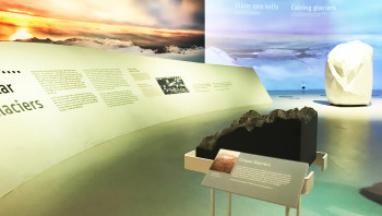 In the interactive glacier exhibition you will learn everything about the formation and probable development of the Vatnajökull Glacier.