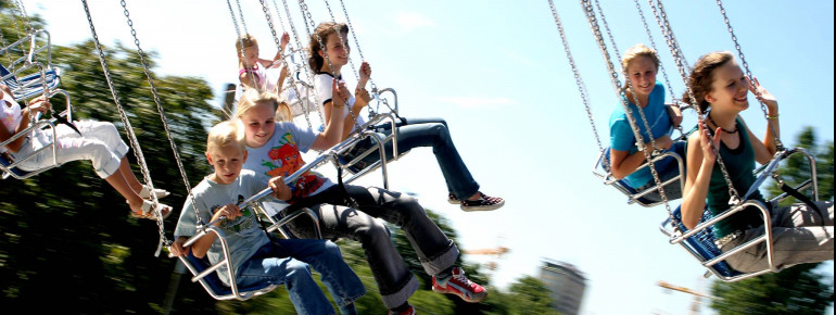 Ready for Vienna's Flying Swing? Grab your friends and family and make the most of your time at Vienna's Prater.