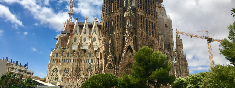 The most prominent view of the Sagrada Família: The Nativity Facade shows the nativity of Christ rich in detail.