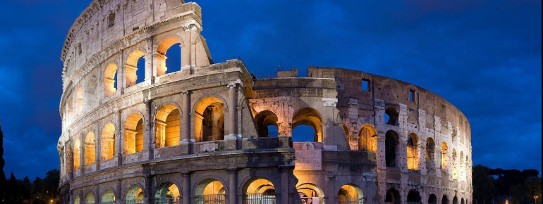 The Colosseum is one of the most famous sights of Rome.