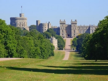 Windsor Castle is idyllically surrounded by parks