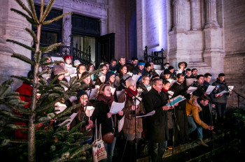 Choir performances complete the programme.