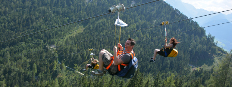 A flight with a fantastic view: that's what the Zipline on the Stoderzinken offers.