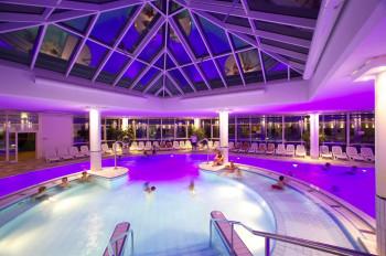 Das ABC-Bad in Nesselwang im Allgäu bietet nicht nur ein hochwertiges, sondern auch ein abwechslungsreiches Angebot im Erlebnisbad sowie in der vielseitigen Saunalandschaft.