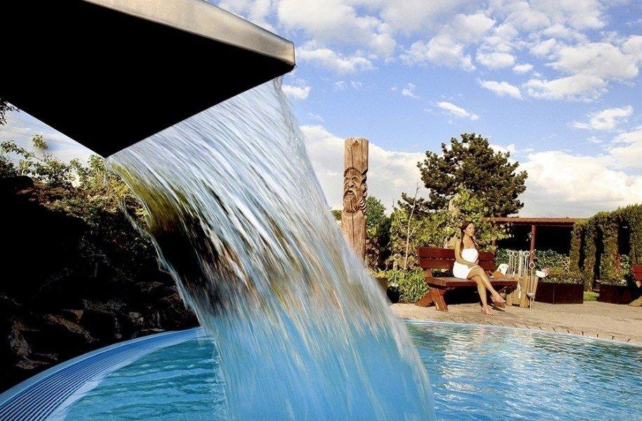 aqualand k ln schwimmen wellness. Black Bedroom Furniture Sets. Home Design Ideas