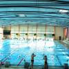 Das Schwimmbecken bietet mit zehn 50-Meter-Bahnen, die auch quer als 25-Meter-Bahnen genutzt werden können, genügend Platz für Schwimmer.