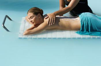 Relax-Massagen im Wasser