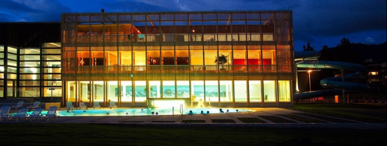 Das EAU-LÀ-LÀ bietet Badespaß in Kombination mit Erholung pur