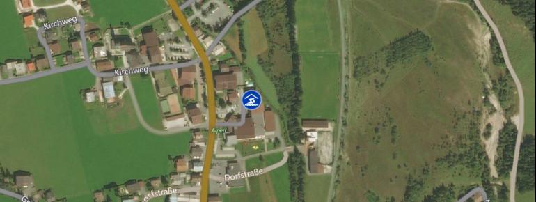 Das Hallenbad befindet sich im Zentrum des Ortes St. Ulrich am Pillersee.