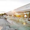 """Im Restaurant """"Quellblick"""" der Heiltherme gibt es eine Panorama-Terrasse."""