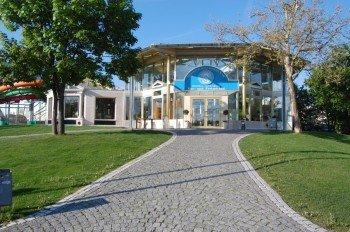 Der Eingang des Kristall Palm Beach