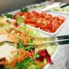 Salatbuffet im Badeparadies