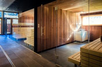 In der Biosauna und der Finnischen Sauna finden regelmäßig Themenaufgüsse statt