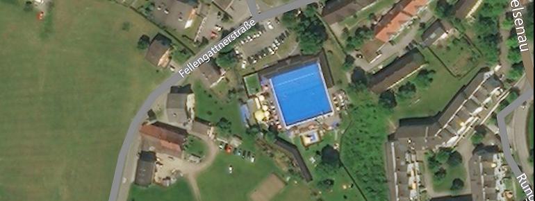 Das Schwimmbad Felsenau befindet sich südlich von Feldkirch im österreichischen Bundesland Vorarlberg.