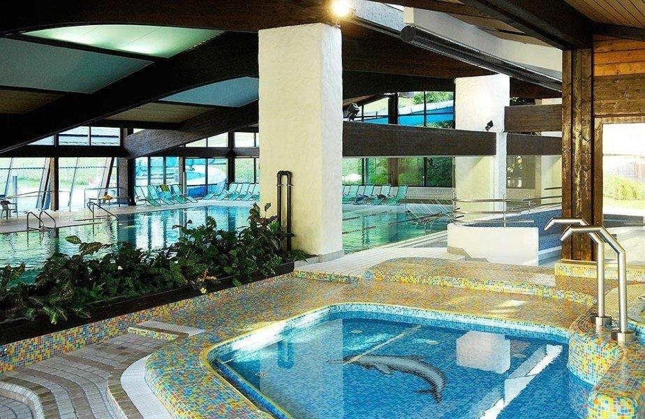 Schwimmbad und sauna mar dolomit st ulrich schwimmen for Schwimmbad shop