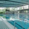 Die beiden Schwimmerbecken sind unterschiedlich temperiert, sodass für jeden das Richtige dabei ist.