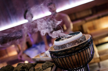 In der Tamina Therme wird die Saunakultur mit speziellen Düften zelebriert.