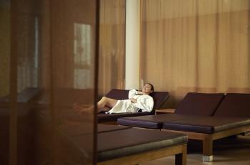 Ruheräumen laden zum Relaxen ein.