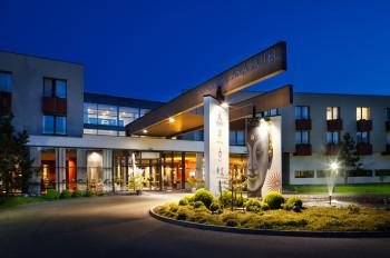 Die Therme Linsberg Asia gehört zum gleichnamigen Hotel, das sich direkt nebenan befindet.