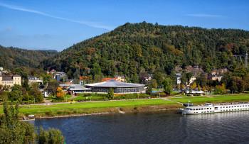 Die Toskana Therme Bad Schandau liegt am Ufer der Elbe.
