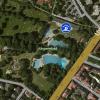 Das Ungererbad liegt mitten in der Stadt.