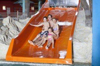 Spaß für Groß und Klein auf der Familienrutsche