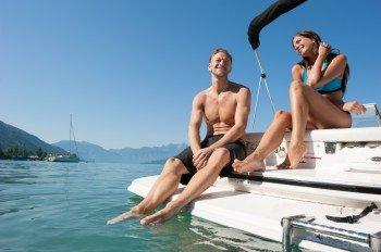 Sommerspaß pur - mit dem Boot über den Attersee