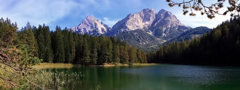 Bei einer durchschnittlichen Wassertemperatur im Sommer von 20 Grad kannst du dich im Mittersee abkühlen.