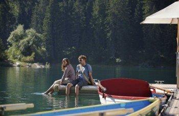 Auch per Boot lässt sich der See erkunden