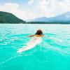 Schwimmen mit traumhafter Aussicht.