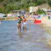 Das Strandbad Stöbnitz hat einen bewachten Strandbereich.