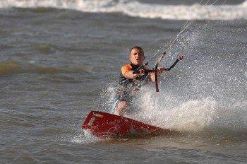 Bei der Kiteschule in Juist kannst du einen Kitesurf-Kurs machen