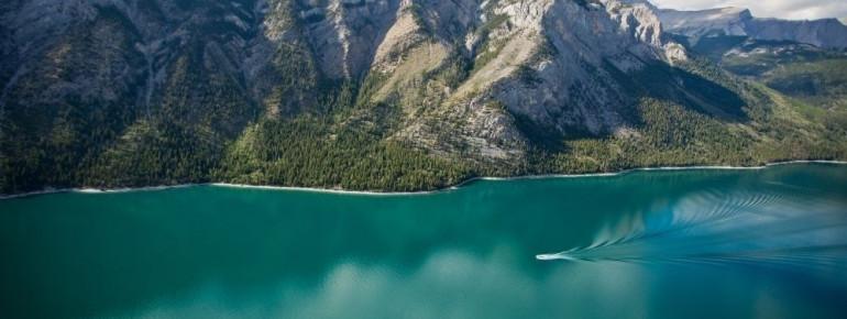 Auf dem See sind mehrere Bootstouren möglich