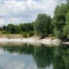 Blick über den Mallertshofer See von der Ostseite. Ein Geheimtipp für Ruhesuchende, Hundehalter und FKK.