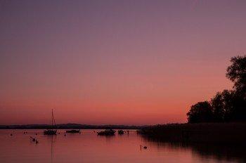 Sonnenuntergang am Murtensee
