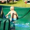 Natürlich bietet der Wasserpark Russbach neben den vielen Kinderattraktionen auch eine Wasserrutsche