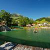 Der Wasserpark Russbach bietet nicht nur Spaß für Groß und Klein, sondern auch ein tolles Panorama