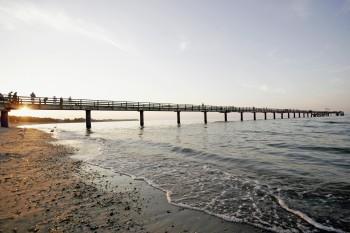 Die Seebrücke ragt 290 Meter in die Bucht hinein.