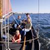 Die Ostseeinsel lässt sich mit dem Boot umrunden.