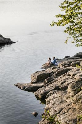 Der idyllische Stausee Ottenstein liegt im Waldviertel und bietet zahlreiche Möglichkeiten zum Entspannen.