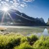Der Toblacher See liegt umgebend von zwei Naturparks auf 1.259 Meter Seehöhe.