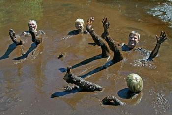 Das Natur-Moorbad Warmensteinach im Ortsteil Fleckl lädt zu einem gesundheitsfördernden Bad im Schlamm ein.