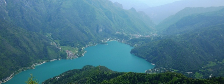 View over Lago di Ledro and the surrounding mountains.