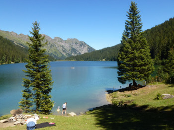 Lake Arnen is located about 25 minutes from Gstaad.