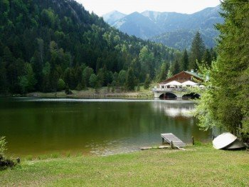 Lake Pflegersee is the perfect spot to spend hot summer days.