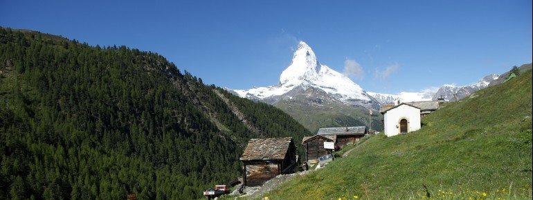 Weiler Findeln mit Blick aufs Matterhorn